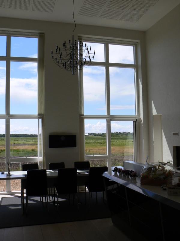 Nyt stuehus - Store vinduespartier i køkken