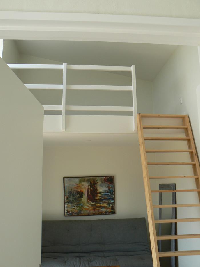 Nyt stuehus - Indbygget hems i gæsteværelse