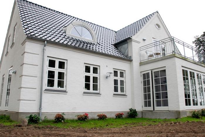 Stuehus - Karnap mod haven