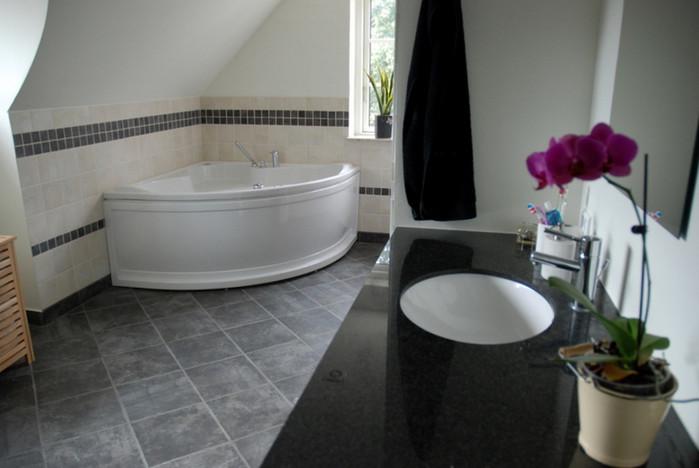 Stuehuse - badeværelse på loftsetage